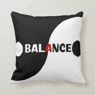 Almohada de la balanza de Yin Yang