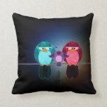 Almohada de la familia de pájaro del amor