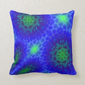 Almohada de la fantasía con diseño abstracto moder