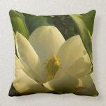 Almohada de la flor de la magnolia meridional