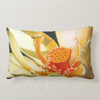 "Almohada de la flor de ""Lotus"" Cojín Lumbar"