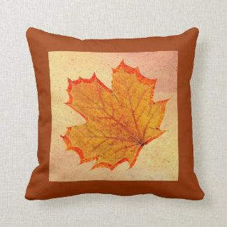Almohada de la hoja del otoño cojín decorativo
