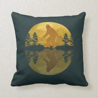 Almohada de la luna de Sasquatch