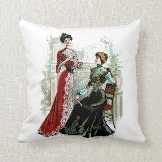 Almohada de la moda de las señoras del Victorian