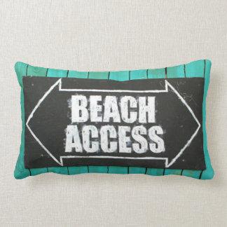 Almohada de la muestra del acceso de la playa