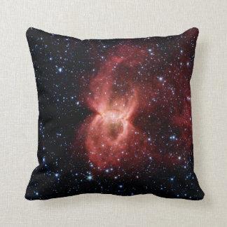 Almohada de la nebulosa de la viuda negra