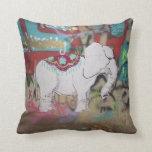 Almohada de la pintada del elefante