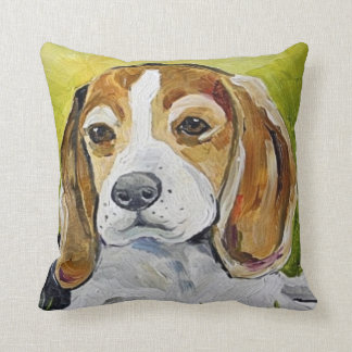 almohada de la pintura del beagle