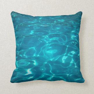 Almohada de la piscina