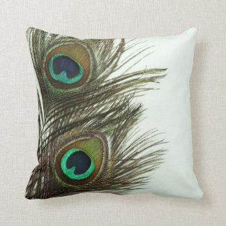 Almohada de la pluma del pavo real