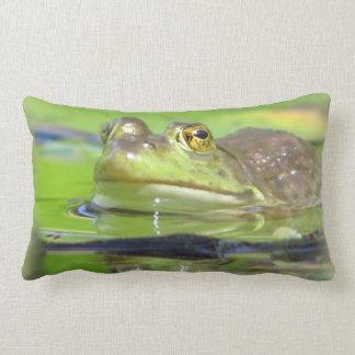Almohada de la rana verde