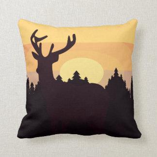 Almohada de las colinas de los ciervos