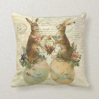 Almohada de los conejitos de pascua del francés de