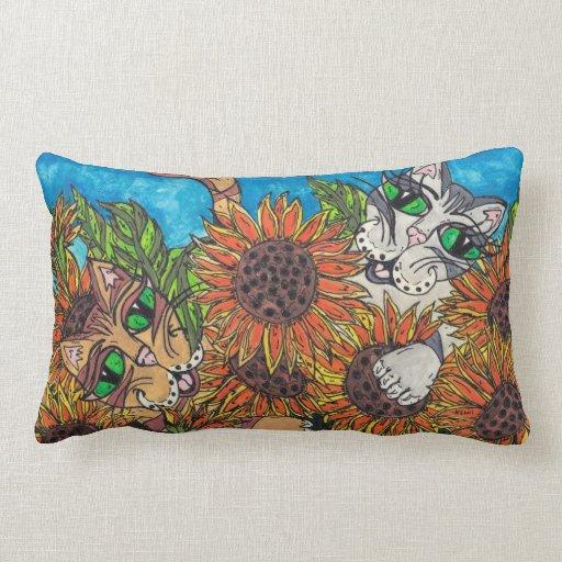 Almohada de los gatos del girasol