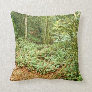 Almohada de los helechos del bosque