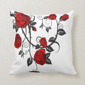 Almohada de los rosas rojos que sube