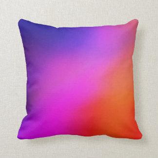 Almohada de tiro abstracta rosada y anaranjada