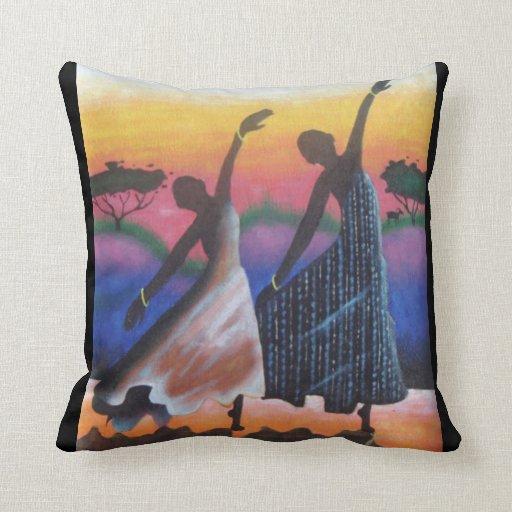 Almohada de tiro africana del arte de los bailarin