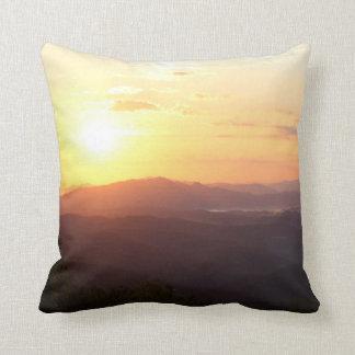 Almohada de tiro asombrosa de la salida del sol