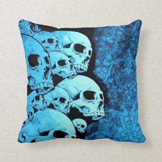 Almohada de tiro azul de los cráneos