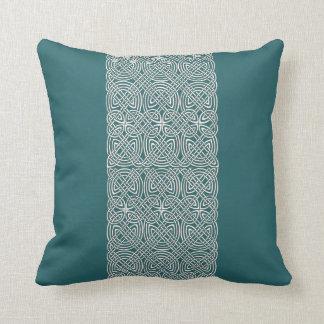 Almohada de tiro céltica hermosa del diseño del nu