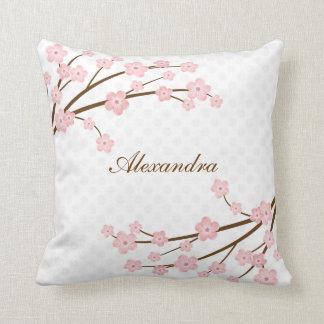 Almohada de tiro de la flor de cerezo