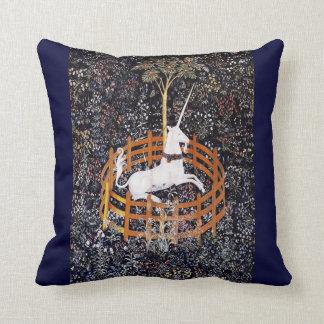 Almohada de tiro de la tapicería #7 del unicornio