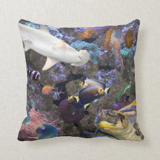 Almohada de tiro de la vida marina