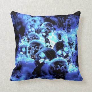 Almohada de tiro de los cráneos de los azules clar