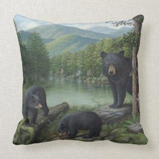 Almohada de tiro de los osos negros