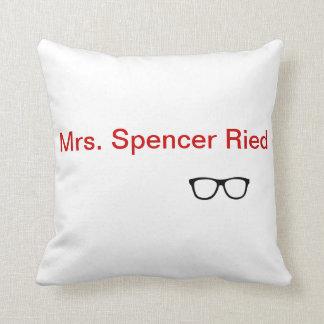 """Almohada de tiro de """"señora Spencer Reid"""""""