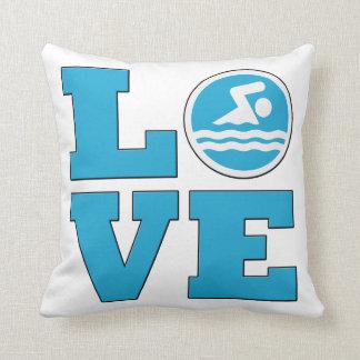 Almohada de tiro del amor de la nadada para los