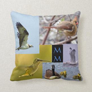 almohada de tiro del collage de la foto del pájaro