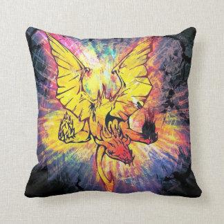 Almohada de tiro del dragón del fuego