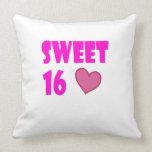 almohada de tiro del dulce 16