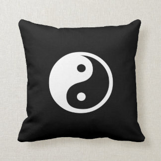 Almohada de tiro del pictograma de Yin Yang