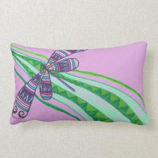 Almohada de tiro del vuelo de la libélula (púrpura