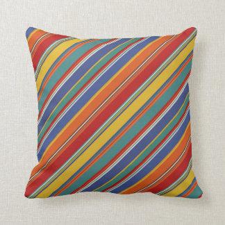 Almohada de tiro diagonal de las rayas multicolora