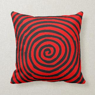 Almohada de tiro espiral roja   y negra del diseño