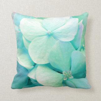 Almohada de tiro floral del Hydrangea de la verde