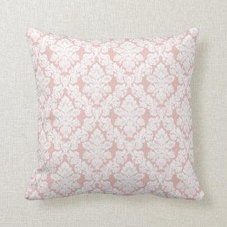 almohada de tiro francesa rosada del cordón
