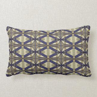 Almohada de tiro geométrica del azul y del moreno