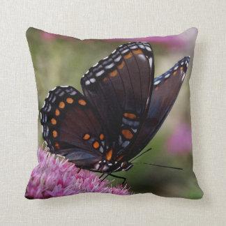 Almohada de tiro hermosa de la mariposa cojín decorativo