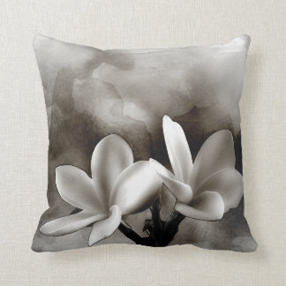 Almohada de tiro - la acuarela Pulmaria florece