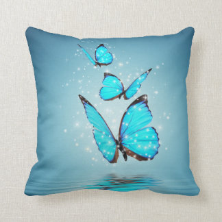 Almohada de tiro mágica de las mariposas