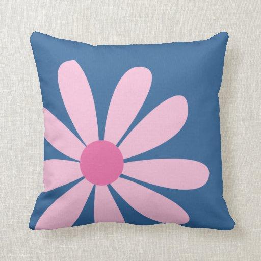 Almohada de tiro - margarita rosada grande (azul)