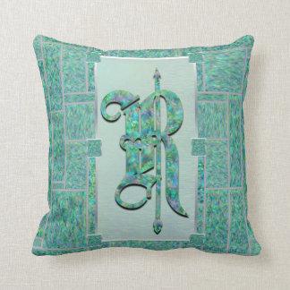 Almohada de tiro nacarada del verde del monograma cojín decorativo