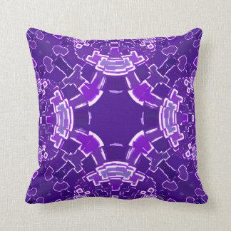 Almohada de tiro púrpura del pixel