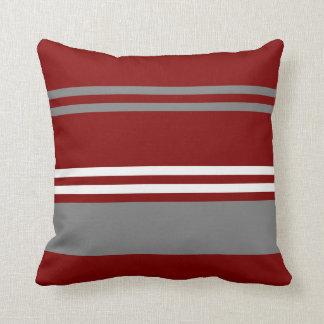 Almohada de tiro roja, gris y blanca de la raya