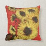 Almohada de tiro roja y amarilla del girasol